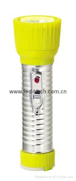 LED鐵塑彩色手電筒 TWD2DE1C 3