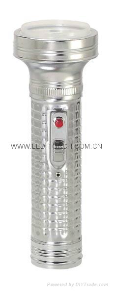 LED金屬/鐵質手電筒 FT2DE2 4