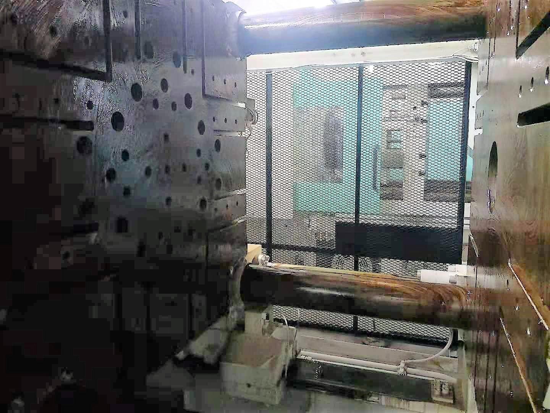 三菱550噸550MMG二手注塑機 8