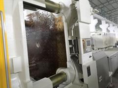 東芝1300噸(加大模板)二手注塑機
