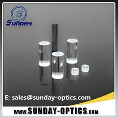 Optical cylinder rod lens for lasers