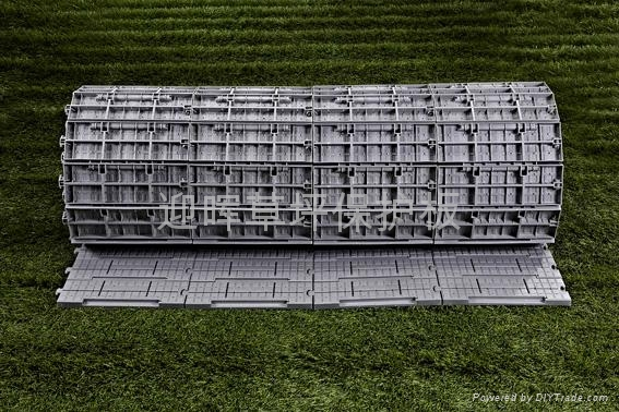 可卷式拼装压草板 1