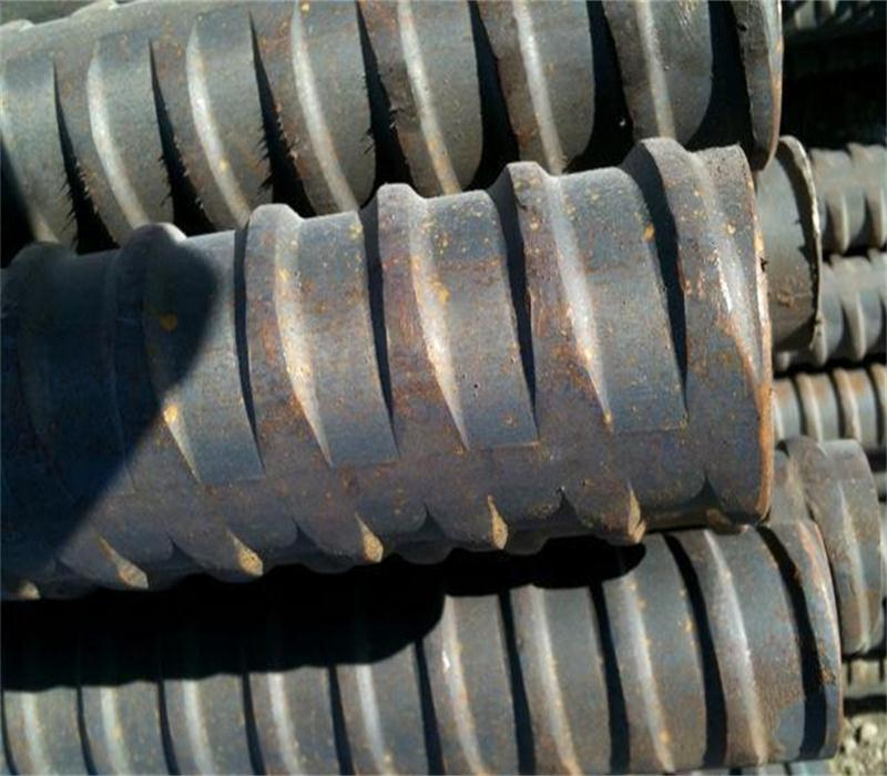 Solid threaded bar/post-tensioning bar for engineering and construction 1