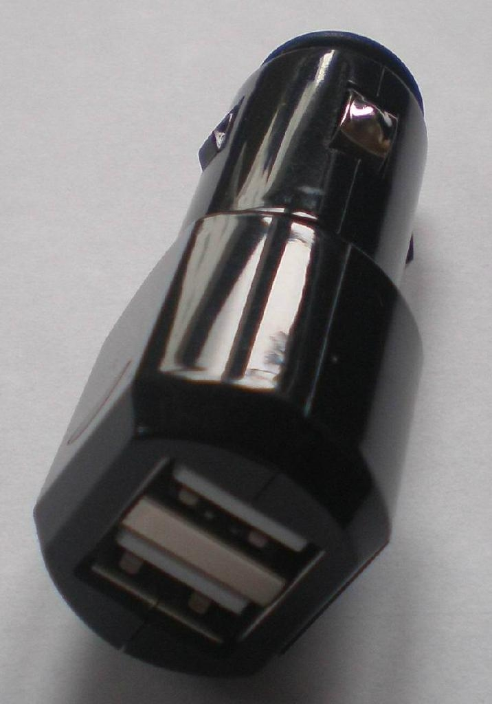 double USB car charger 4