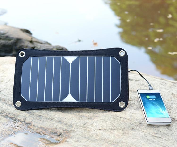 6.5W太阳能悬挂式移动充电器 4