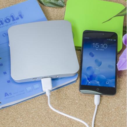 portable solar mobile phone charger 1800mah 2600mah 5200mah Square Suckers Style 2