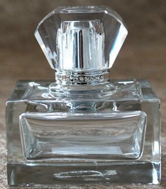 各式各樣香水瓶蓋 3