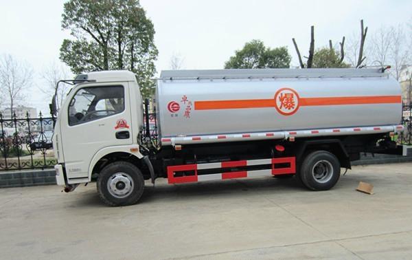 Dongfeng Jingba Fuel Tank Truck 3