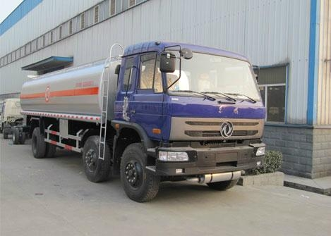 Dongfeng 6x2 fuel truck 3