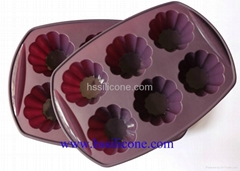 6-Cavity Silicone Flower Shaped Cake Mold