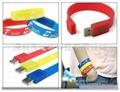 Wrist band usb flash drive