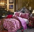 Comforter with filling padding Jacquard