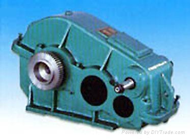 ZQD1000大傳動比泰興齒輪減速機 1