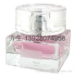 高档玻璃香水瓶 1