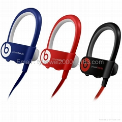 Powerbeats2 Wireless earphones with RemoteTalk™ wrap around cable