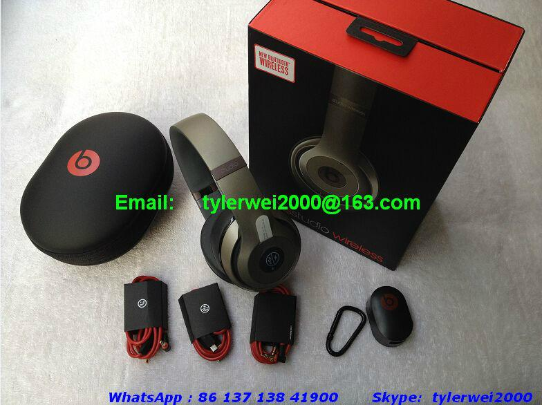 beats studio wireless beats by dr dre titanium studio wireless with all accessories