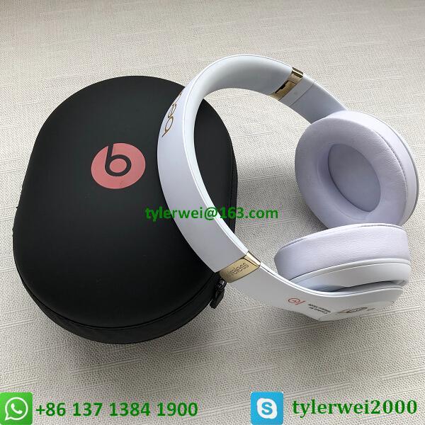 Beats Studio3 Wireless Noise Canceling Over-Ear Headphones - White 11