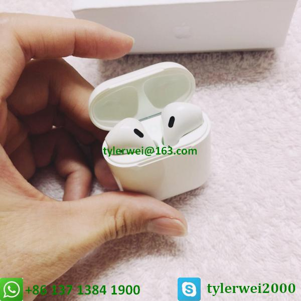 Apple AirPods with Charging Case  14