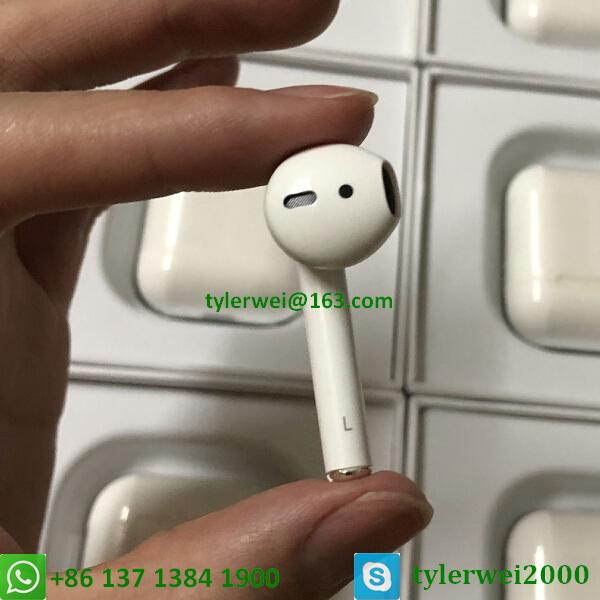 Apple AirPods with Charging Case Airpods wireless with W1 chip in-ear earphone 9