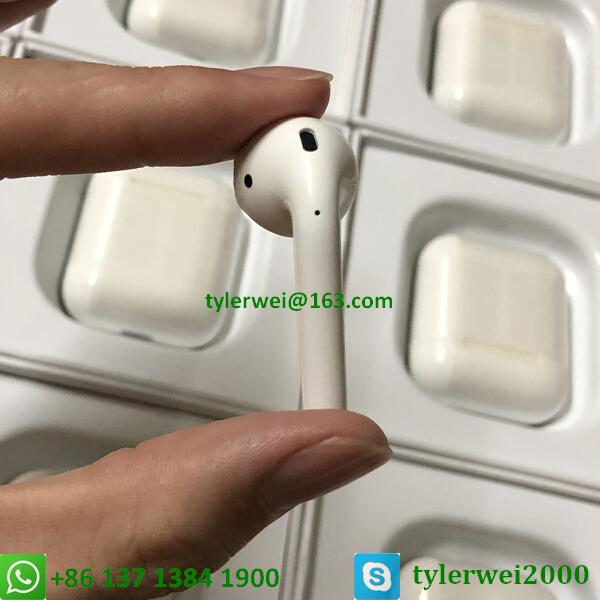 Apple AirPods with Charging Case Airpods wireless with W1 chip in-ear earphone 8
