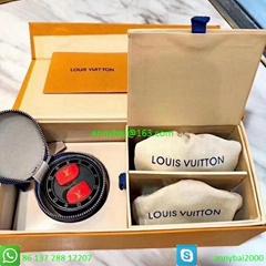New popular TWS earphone luxurious earphone LouisVuitton earphone