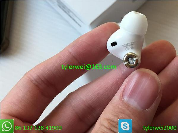apple wireless earbud airpods pro