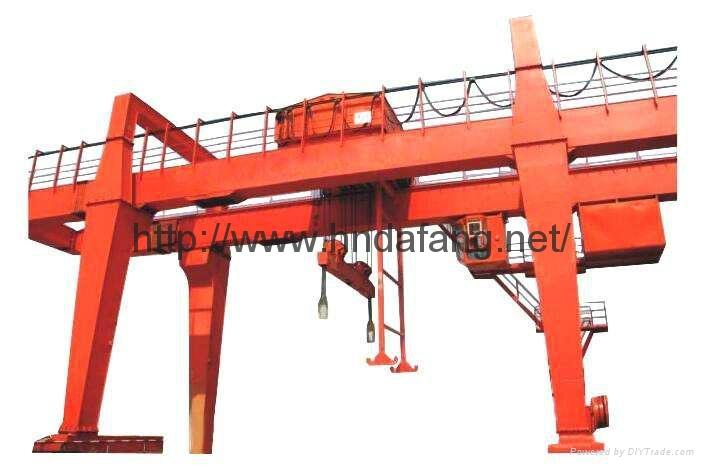 U型双梁吊钩门式起重机5-500吨 1