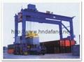 Rail container gantry crane