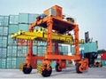 Container transshipment truck