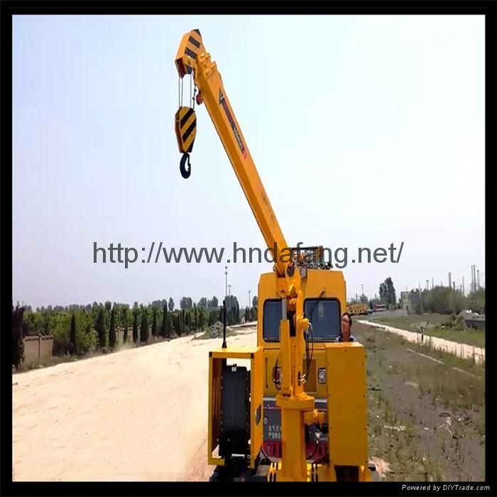铁路收轨车悬臂可伸缩收轨吊火车专用收轨起重机 1