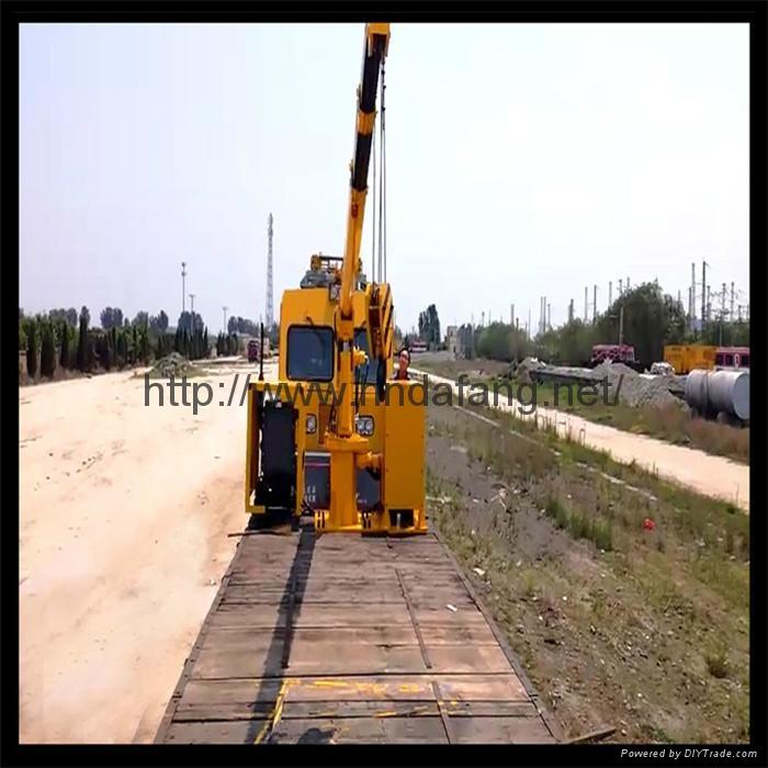铁路收轨车悬臂可伸缩铁路收轨吊收轨起重机 1