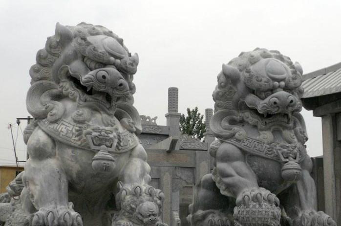 石雕石狮子 1