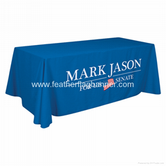 Branded table cover    B