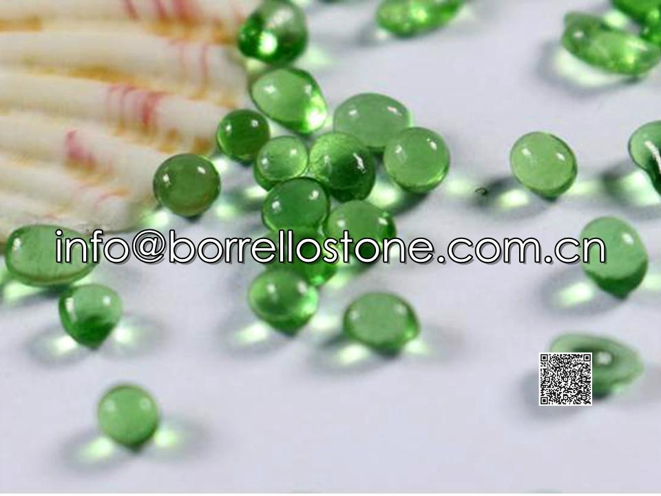 Irregular glass beads - Green