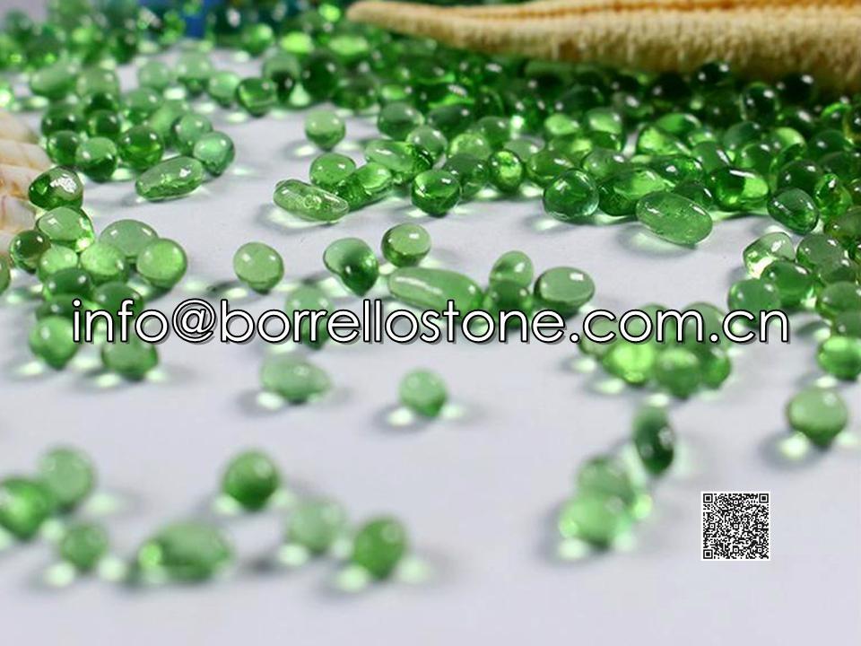 Irregular glass beads - Green