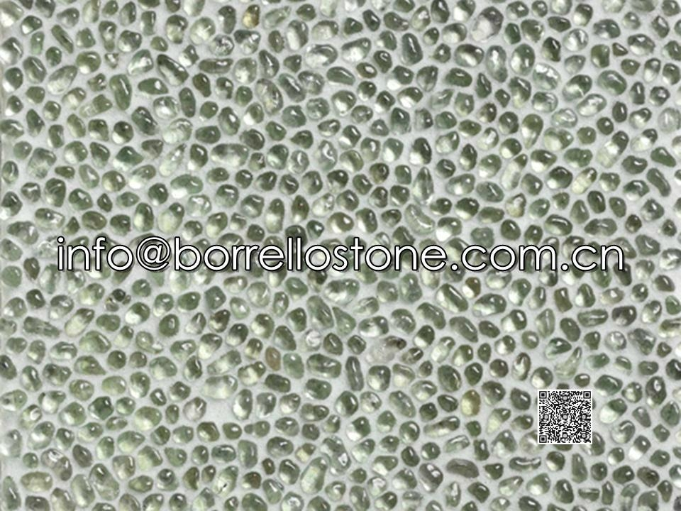 Glass pebble for wall coating
