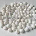 white mini pebble