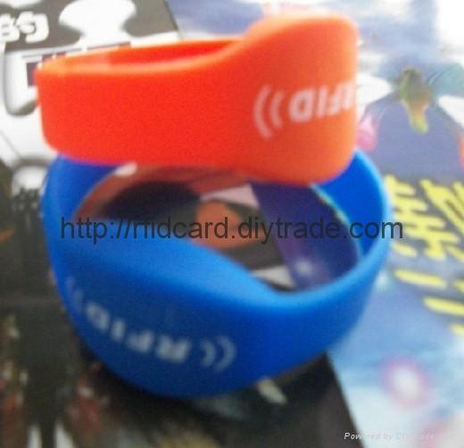 logo Printed rfid silicone bracelet / wristband 1