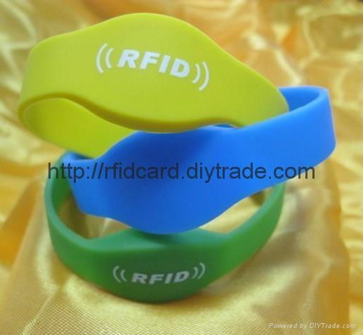 13.56MHZ RFID NFC Wristband  1