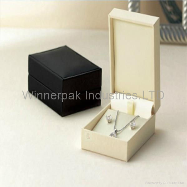 bracelet box 3