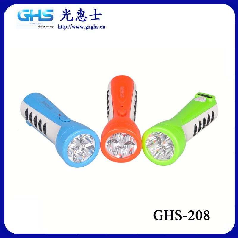 防滑LED塑料充電手電筒 3