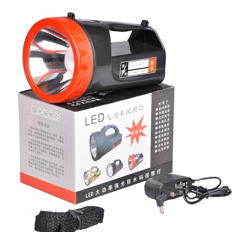 1000米射程充電式探照燈 3