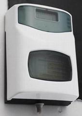 自動消毒三效器