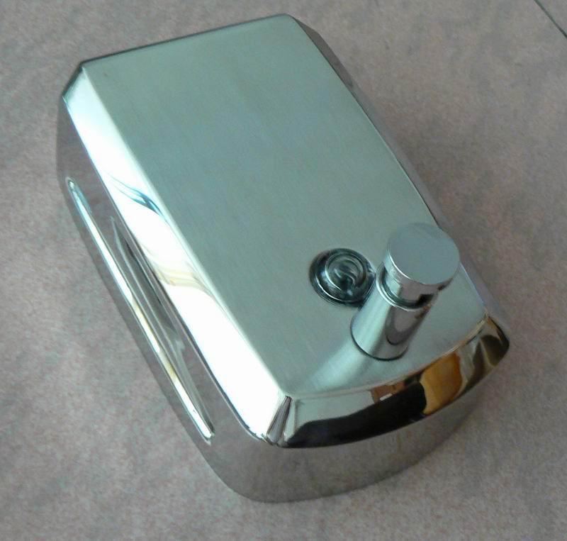 不锈钢皂液器J-08 3