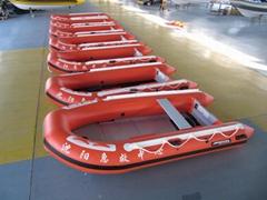 机动充气艇