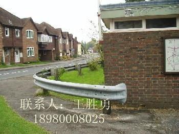 乡材公路护栏 2