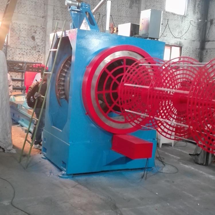 石油繞絲篩管焊接機 5