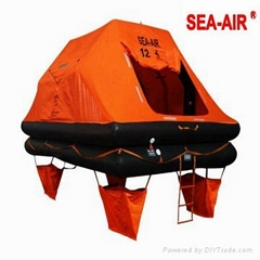 THROW-OVER BOARD LEISURE OR YACHTING INFLATABLE LIFE RAFT