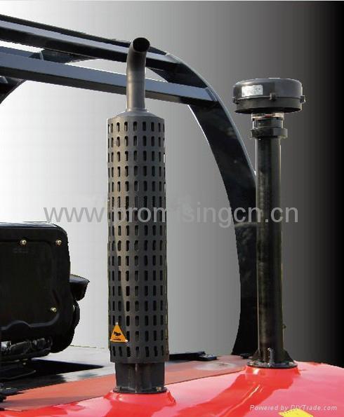 Rough Terrain Fork Lift Truck 3.0T Capacity 5