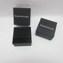 Matte Black Jewelry Double Ring Display Box PU Leather Box With Silver Logo